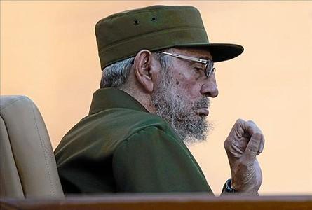 Fidel Castro, en un encuentro con estudiantes de la Universidad de La Habana, el pasado viernes. REUTERS / DESMOND BOYLAN