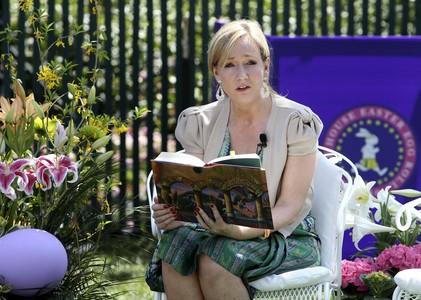J.K. Rowling durante la lectura de uno de sus libros en Washington, el pasado abril.