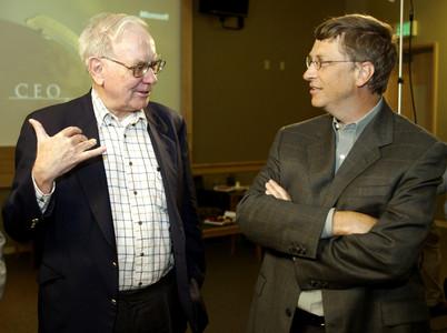 Warren Buffett (izquierda) y Bill Gates.